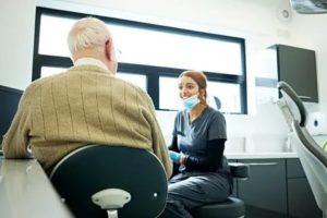 Бесплатное протезирование зубов военным пенсионерам 2020г